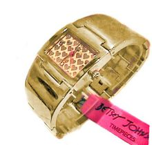 BETSEY JOHNSON BJ00042-02 Gold Tone Hearts Bangle Stainless Steel Bracelet
