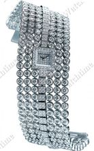 Harry Winston Jewels that tell time Signature 7
